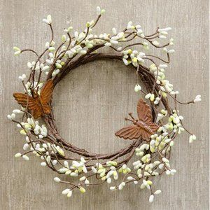 """Butterflies and Pip Berries Small 6"""" Wreath"""